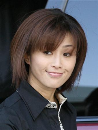 元「モー娘。」吉澤ひとみ被告 保釈「申し訳ありません」