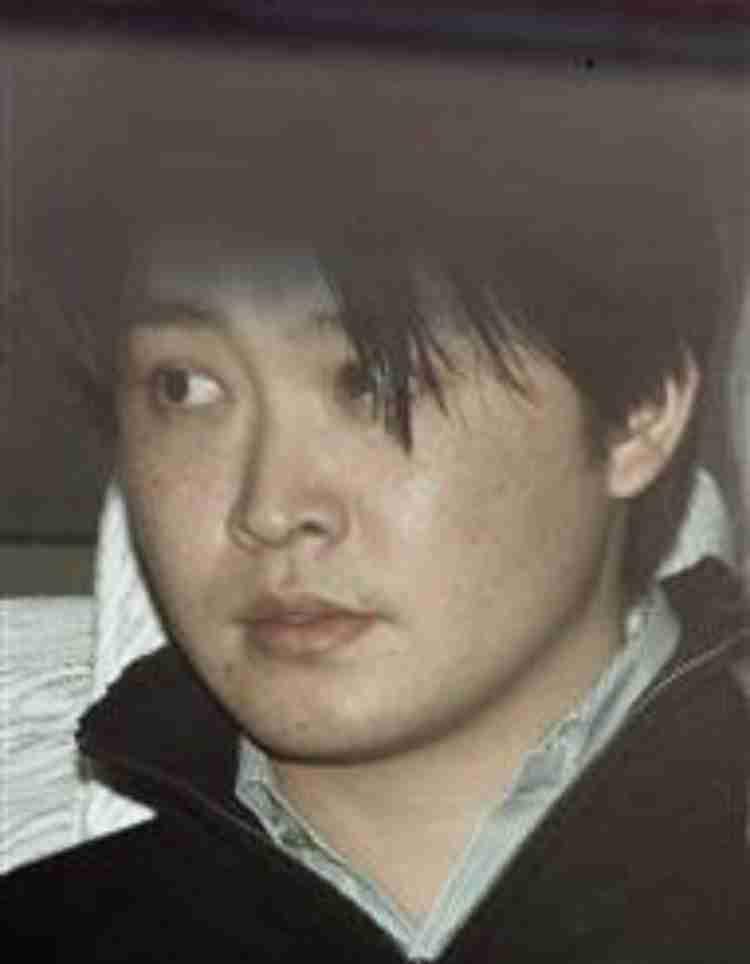 三田佳子、次男逮捕後初の公の場 明るく振る舞うも思わず涙「もう一度奮起」