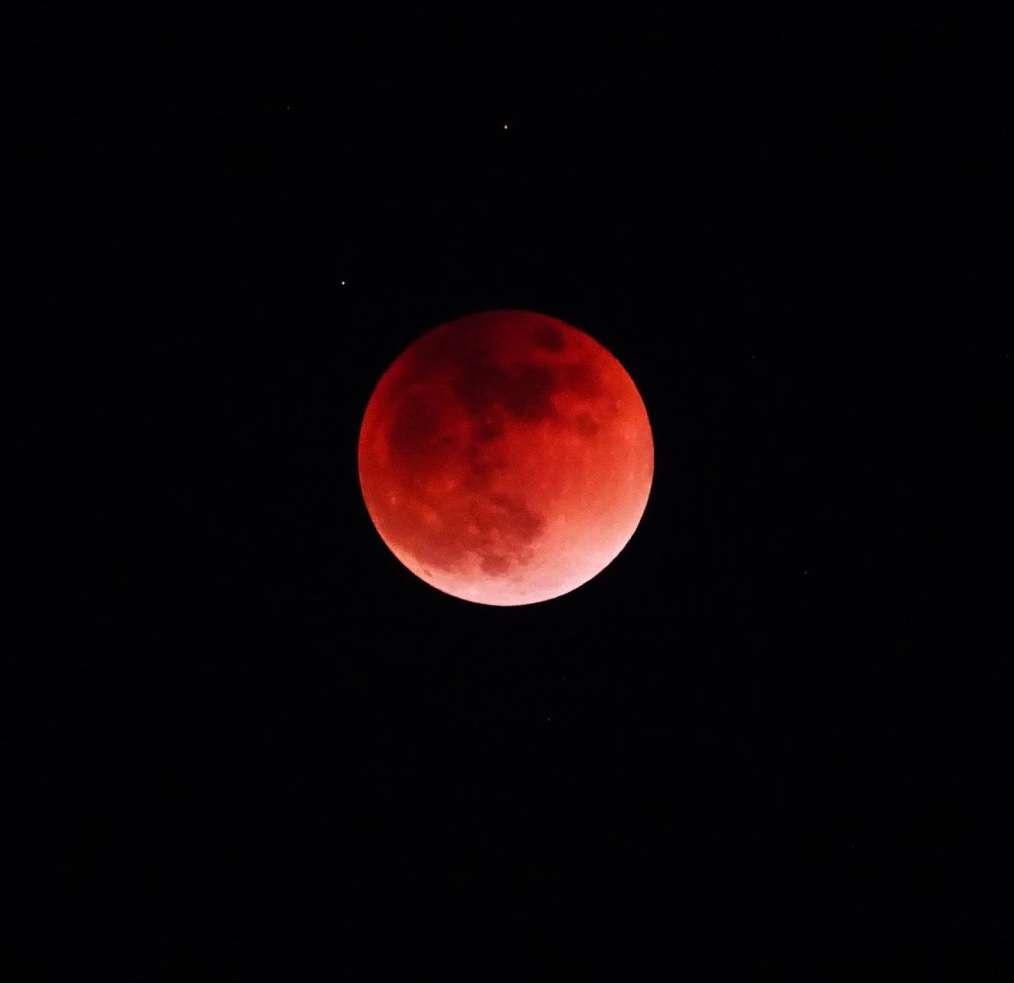 中秋の名月だから月の画像を貼ろう