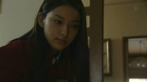 武井咲の顔を愛でるトピ