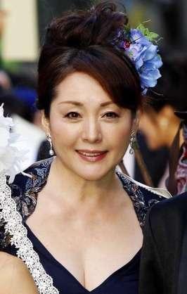 安藤サクラ 朝ドラ「まんぷく」初回23・8%半分青い超え