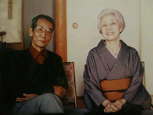 小泉今日子&豊原功補、同棲開始に「彼女らしくない」の声も