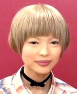最上もが、黒髪ロング×セーラー服ショット公開「別人みたい」「惚れる」と反響