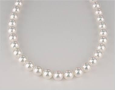 真珠のネックレス、どんなの持ってますか?