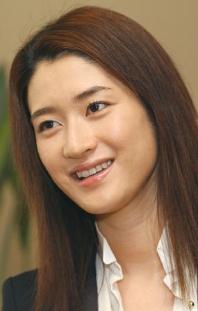 韓国で出産した小雪への在日説について関係者がわざわざ否定w