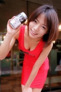 骨折の釈由美子、早くも仕事復帰!「私の代わりなんてゴロゴロいる」と危機感