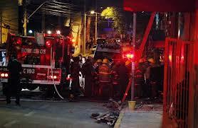 恋人にナイトクラブへ行くなと説得→翌日クラブが火災、238名死亡→運命的に助かった彼女、交通事故で死亡