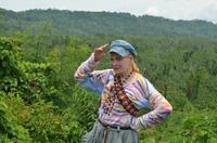 ヴィヴィアン・ウエストウッド夫妻、アマゾン訪問 熱帯雨林保護に尽力   シネマカフェ cinemacafe.net
