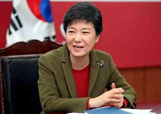 NHKが韓国大統領の就任式を生中継←「アホかと。誰が見るんだ?」「どう考えても異常」と疑問の声