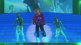 Ayumi Hamasaki(Rollin)(LIVE) - YouTube