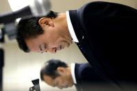 化粧品で「肌まだら」2250人は重症 カネボウ化粧品 (朝日新聞デジタル) - Yahoo!ニュース