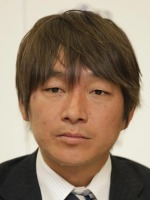 サッカー元日本代表の奥大介容疑者逮捕!妻で女優の佐伯日菜子さんを脅迫