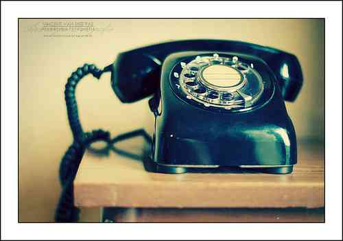 電話嫌いの人集合!