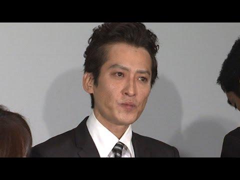 大沢樹生、涙ながらに「親子関係ない」(1) - YouTube