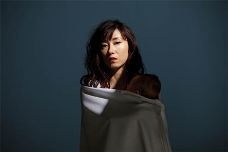 2009年に真中瞳から改名した東風万智子、昼ドラ初主演「ドキドキしています」