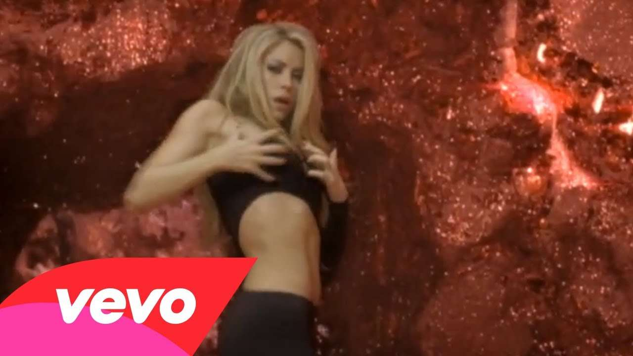 Shakira - She Wolf - YouTube