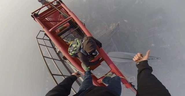 【閲覧注意】ロシア人が中国の超高層ビルに素手で登頂→この世のものとは思えない恐ろしい景色を激撮