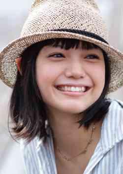 """美人のカギはやっぱり「笑顔」!…口元の印象アップで""""魅力3割増し"""""""