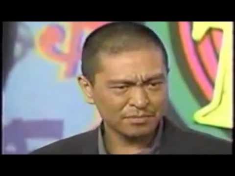 松本人志 坊主になって登場 - YouTube