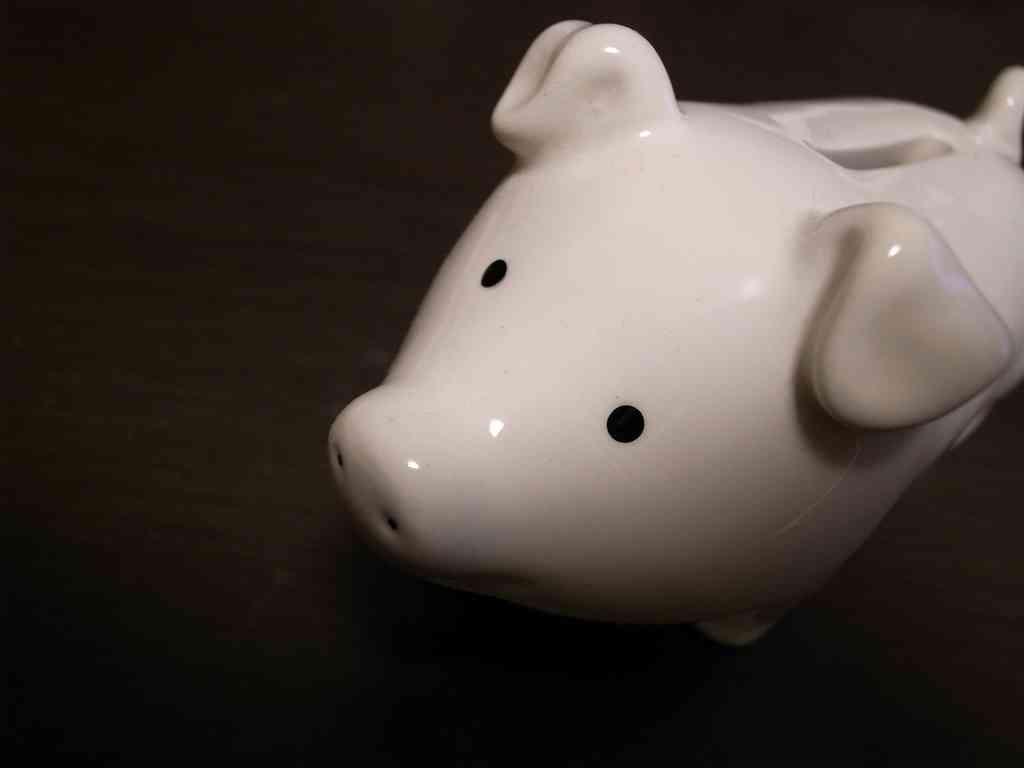 「おひとり」老後に5000万円必要!?貯められない人の12の共通項 | 女子SPA!