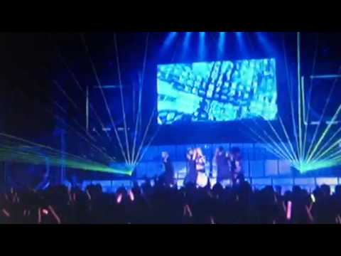 板野友美 1st Live Tour S×W×A×G - YouTube