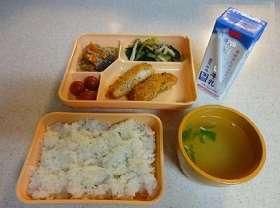 「給食ふりかけ論争」決着…解禁へ異例の通知 大阪市教委