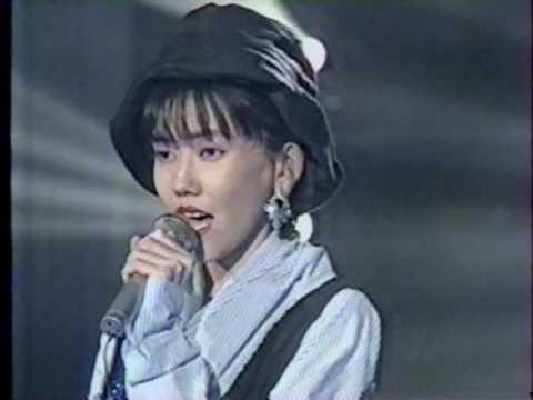 松本伊代 - 泣かないでギャツビー - YouTube
