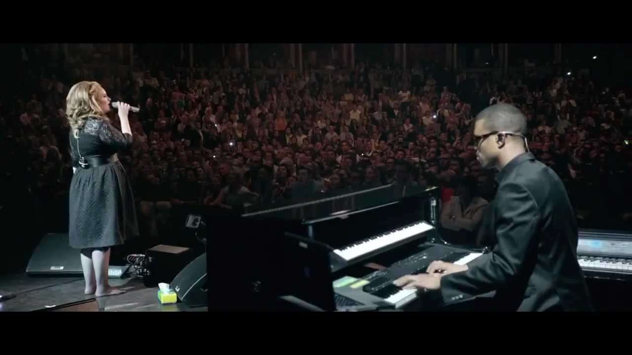 Adele - Someone Like You ( Live at The Royal Albert Hall ) - YouTube