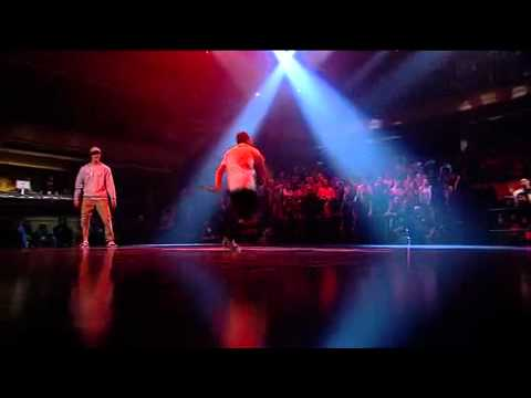 Lilou vs Cloud - Red Bull BC One 2009 FINAL ROUND - YouTube