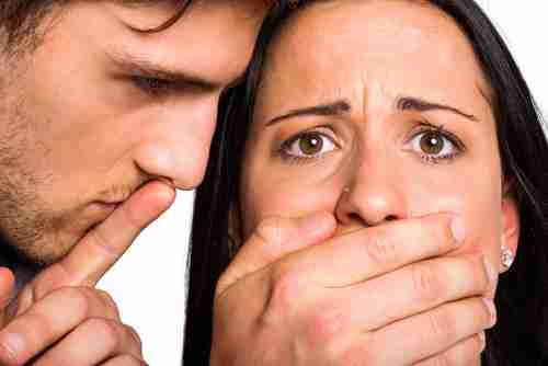暴言が全てモラハラにはならない!? 「真のモラハラ加害者」の特徴6つ | It Mama