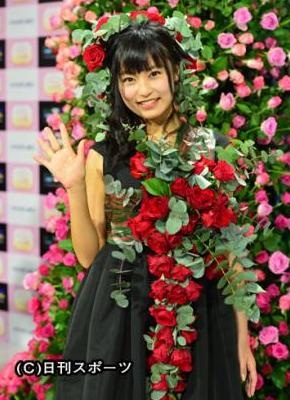 小島瑠璃子「普通のOLさんと同じぐらいの給料」だと明かす