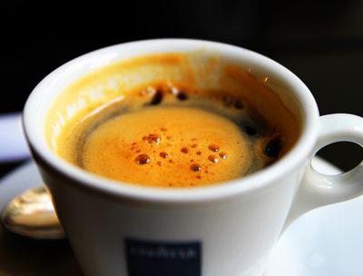 たったひとさじ! アメリカで大ブーム「朝コーヒーにバター」で36kg減も…。