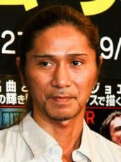 20代美女と熱愛報じられたTRF・SAM(52)の収入www