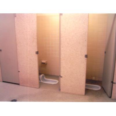 高2女子、学校トイレで首つり自殺 いじめの有無調査へ 福島
