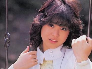 浜崎あゆみ、整形・劣化ネタすら「誰も興味なし」! 一方、ゲイからは圧倒的支持