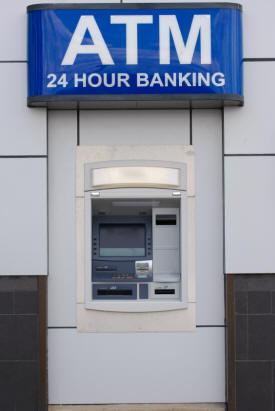 男は金が全て? 恋愛で男性を「ATM」と言い切る女性の本音5つ