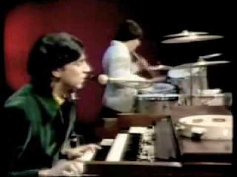 The Young Rascals - Lonely Too Long      *LIVE* - YouTube