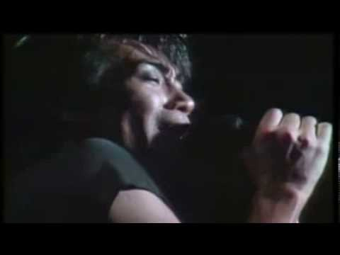 安全地帯 - Too Late Too Late (Live) - YouTube