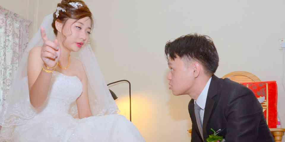 これもある意味いい思い出?結婚式で撮影された「残念すぎる写真」が笑えるww