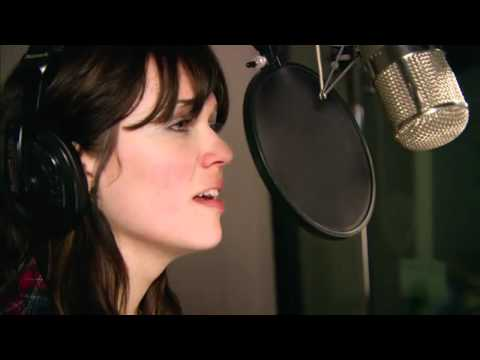 Mandy Moore & Zachary Levi (Ost.Tangled/Rapunzel) - I See The Light - YouTube