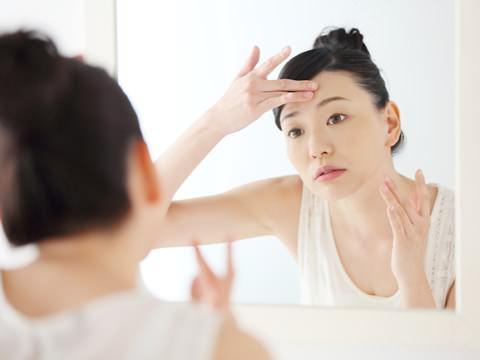 年齢のせいだと諦めるのはまだ早い。お肌のたるみ予防に効果的な方法まとめ Cofree【コフリー】