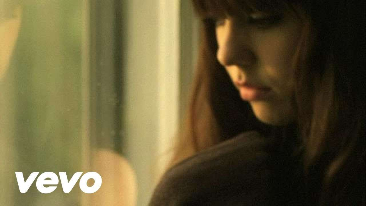 Diane Birch - Nothing But A Miracle - YouTube
