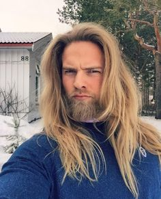 ノルウェー海軍に超イケメン将校 Instagramフォロワー20万人超!