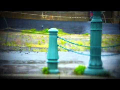 雨の日は家にいて 山下久美子 - YouTube