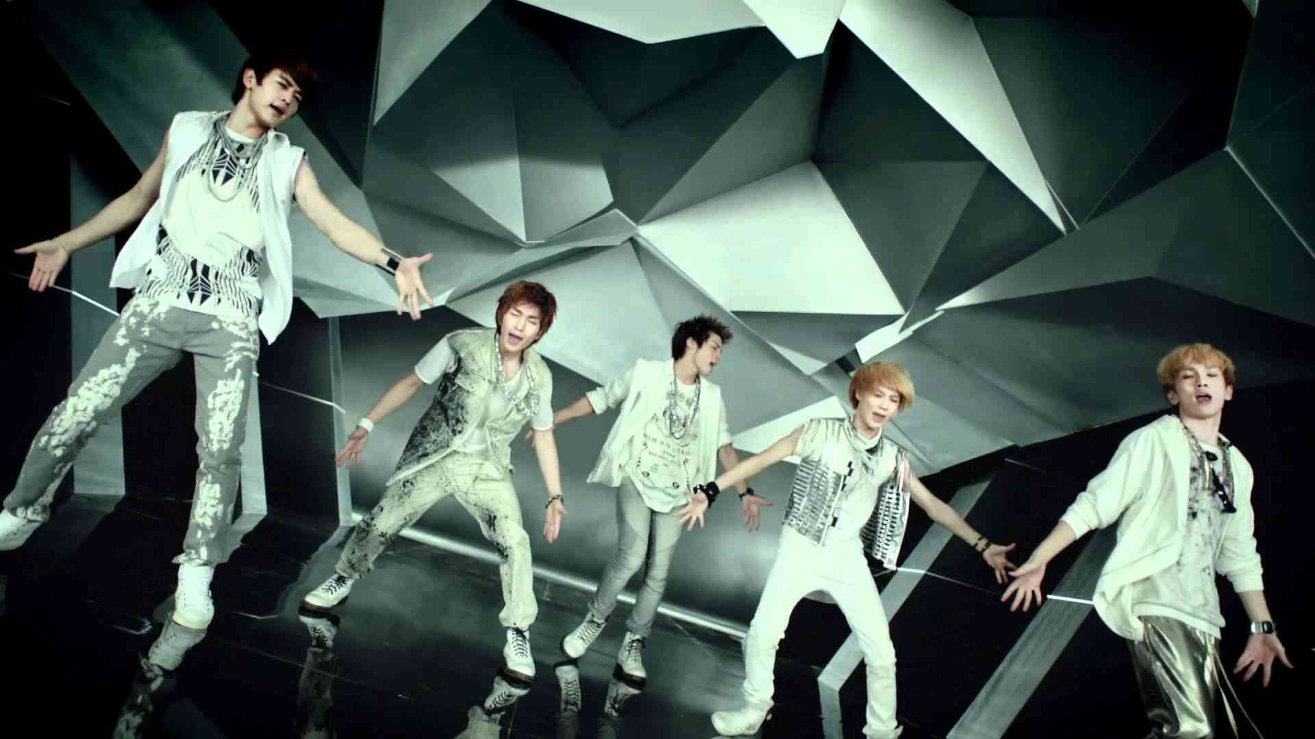 SHINee - 「LUCIFER」Music Video - YouTube