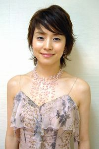 「行列のできる法律相談所」石田ひかり(44)の変わらぬ美貌がネット上で話題に「姉妹揃って奇跡」
