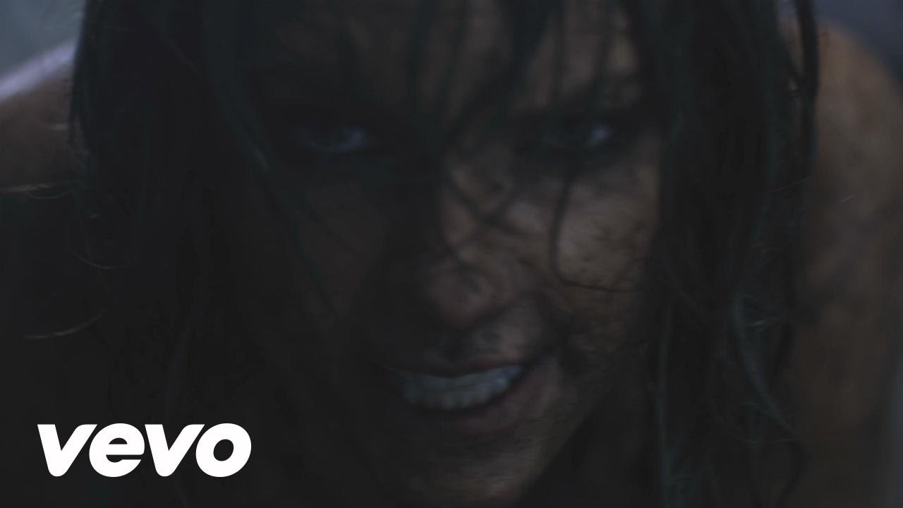 Taylor Swift - Out Of The Woods - YouTube
