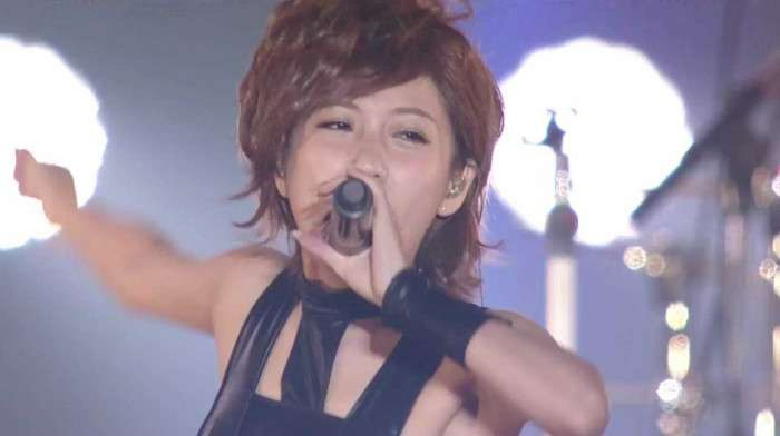 西川貴教のT.M.Revolution『HOT LIMIT』みんなで踊ってみたのMVが豪華過ぎる!元AKB48の高橋みなみらが参加して話題に | Foundia(ファウンディア)