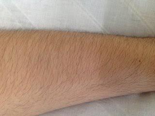 男性の腕・すね毛はあり?なし?
