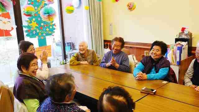 おばあちゃん達に昔の恋愛話を聞く | 多摩川源流大学